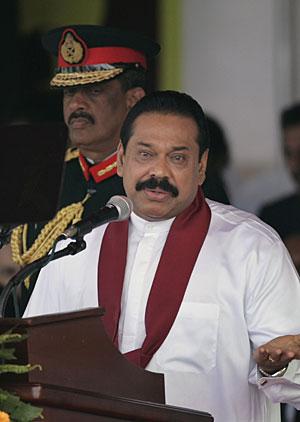 Mahinda Rajapaksa, presidente de Sri Lanka, en los actos de celebración. (Foto: AP)