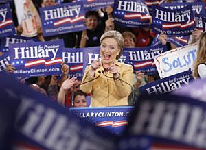 Clinton celebra los resultados en su sede electoral, en Nueva York. (Foto: Reuters)