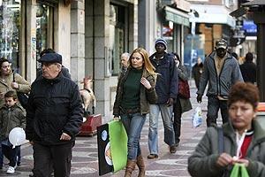 Inmigrantes en el barrio madrileño de Tetuán. (Foto: A. Cuéllar)