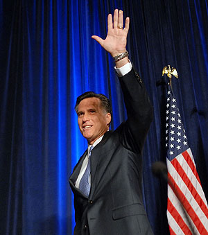 Mitt Romney, tras anunciar su retirada durante un encuentro político en Washington. (Foto: AFP)