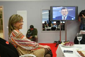 Carme Chacón, en un momento del debate televisado. (Foto: Quique García)
