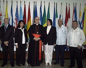 Bertone, a su llegada a la Escuela Latinoamericana de Medicina (ELAM). (Foto: EFE)