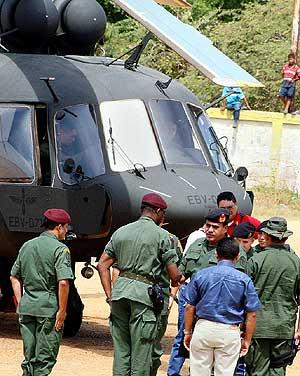 Soldados venezolanos, en la frontera con Colombia. (Foto: REUTERS)