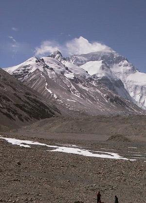 Imagen de una expedición al Everest. (Foto: Alfredo Merino).
