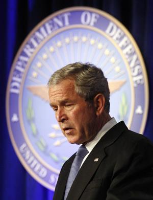 El presidente George W. Bush, en el Pentágono. (Foto: REUTERS)
