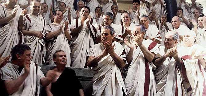 Fotograma de la serie de televisión 'Roma'. (Foto: El Mundo).