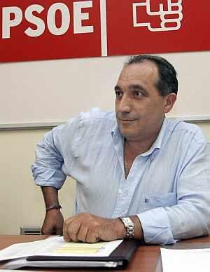 Carlos Chivite, en una reunión del PSOE. (Foto: EFE)