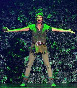 El actor Miguel Antelo interpreta a Peter Pan en Londres. (Foto: AFP)