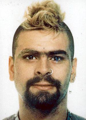 Imagen facilitada por la policía en 2000 del grapo Marcos Martín Ponce. (Foto: EFE)