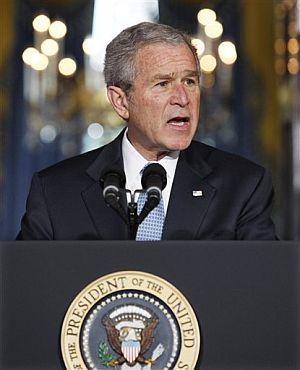 Bush, durante su intervención. (Foto: AP)
