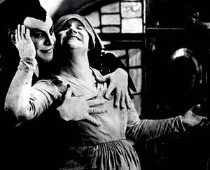 Fotograma de la versión cinematográfica de 'Fausto' (Foto: EL MUNDO)