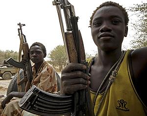 Jóvenes guerrilleros del Movimiento Justicia e Igualdad. (Foto: Reuters)
