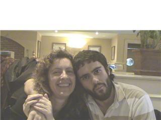 Pablo Armadillo junto a su madre. (Foto: I.M)