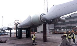 Una imagen de la construcción de la turbina de SeaGen, antes de su traslado a la costa de Irlanda del Norte. (Foto: SeaGen)