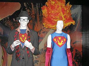 Moschino, inspirado en Superman. (Foto: C. F.)