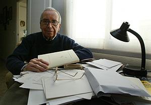 Pablo García Baena, en su casa de Córdoba, en una imagen de 2006. (Foto: Madero Cubero)