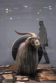 La cabra de su obra 'Monogram', de 1959. (Foto: L. Antoniadis)