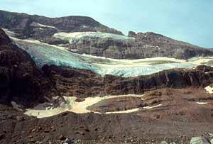 Vista del glaciar del Monte Perdido, en los Pirineos, con una reducción de la masa de hielo por el cambio climático. (Foto: Clemente Álvarez)