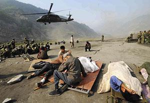 Labores de rescate en Wenchuan. (Foto: AP)