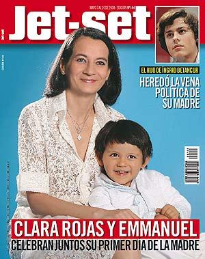Clara Rojas, rehén de las FARC y su hijo Emmanuel, nacido durante su secuestro. (Foto: EFE)