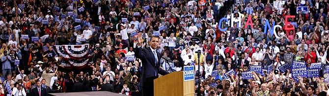 Obama saluda a sus seguidores. (Foto: REUTERS)