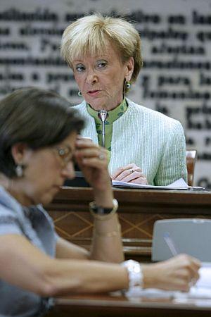 De la Vega, durante su comparecencia ante la Comisión Constitucional del Senado. (Foto: EFE)