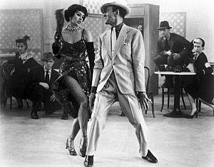 Cyd Charisse, bailando junto a Fred Astaire. (Foto: EFE)
