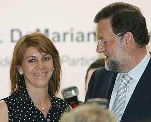 Rajoy junto a De Cospedal en el foro ABC. (Foto: EFE)