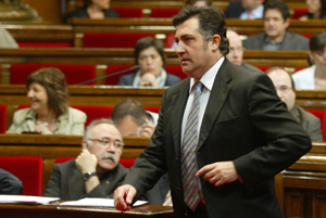 Puigcercós, junto a Carod, en el Parlament. (Foto: Domènec Umbert)