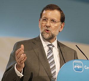 El líder del PP, Mariano Rajoy, interviene en el congreso de Valencia. (Foto: REUTERS)
