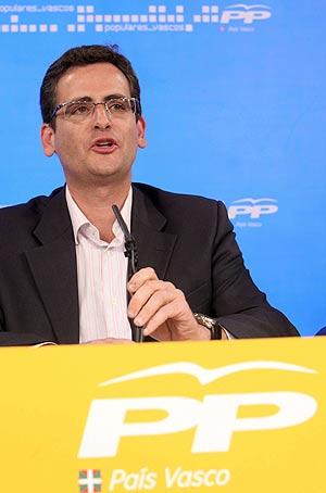 Antonio Basagoiti, el día que presentó su candidatura en San Sebastián. (Foto: EFE)