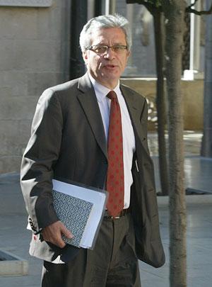 El conseller de Interior de la Generalitat, Joan Saura. (Foto: Domènec Umbert)