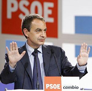Zapatero, durante su intervención en el congreso. (Foto. EFE)
