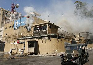 Sede del canal Future TV tras ser bombardeada. (Foto: Reuters / Khalil Hassan)
