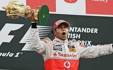 Hamilton logró su tercera victoria del curso. ÁLBUM
