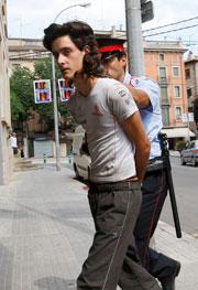 Uno de los detenidos. (EFE)