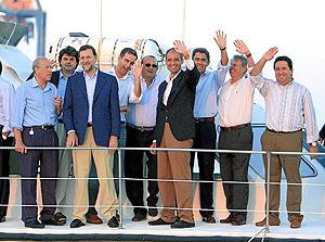 Rajoy, Ricardo Costa, Camps, Fabra, Rambla y Guemes, entre otros, este viernes en Castellón. (Foto: Juan Martí)