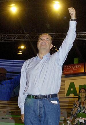 Chaves, tras ser reelegido. (Foto: EFE)