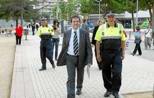 Xavier Vilaró, junto al alcalde Jordi Hereu. (Foto: Domènec Umbert)