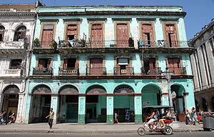 Una calle de La Habana. Exteriores recomienda no viajar a Cuba sin seguro médico. (Foto: EFE)