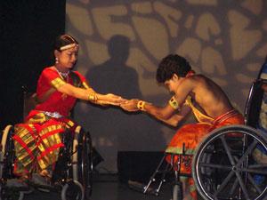 Sobre Una Clásico Baile Silla Un Primera IndioInterpretado Por Vez KTFcl1J3