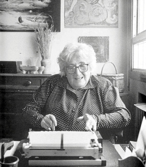 La escritora vallisoletana Rosa Chacel. (Foto: HIRSCH)