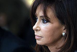 La presidenta argentina, Cristina Fernández de Kirchner, el 1 de julio, en la cumbre de Mercosur. (Foto: AFP)