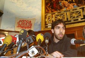 Oleuger durante la presentación de su libro 'Camí d'Itaca. (Foto: Domènec Umbert)