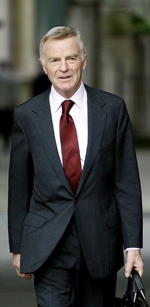 Max Mosley durante el juicio. (Foto: Reuters)