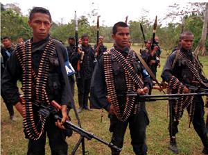Paramilitares de Colombia, en el Valle del Cauca(Foto:elmundo.es).