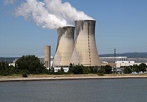 Central nuclear de Tricastin en Bollene, al sur de Francia, que ha sufrido una fuga radiactiva recientemente. (Foto: Claude Paris)