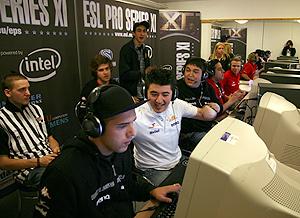 Los torneos on line a nivel profesional son retransmitidos y comentados como si de un evento deportivo se tratase (Foto: ESL).