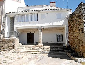 Casa de la familia de Juana Díaz en la localidad abulense de Hoyocasero.