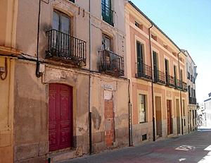 Edificio donde se encontraba el estanco que regentó la madre de Juana.